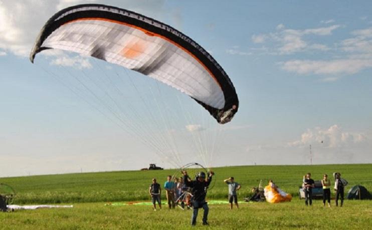 В выходные более 20 дельтапланеристов поднимутся в небо над Вологдой