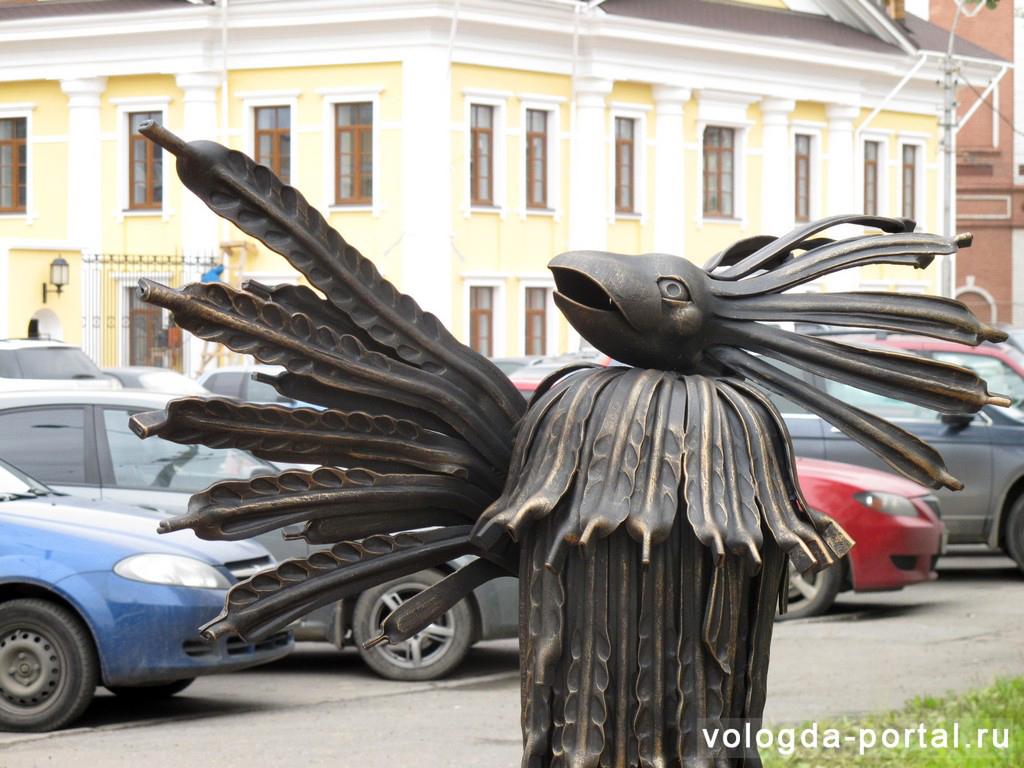 В Вологде появилась скульптура Птицы-говорун