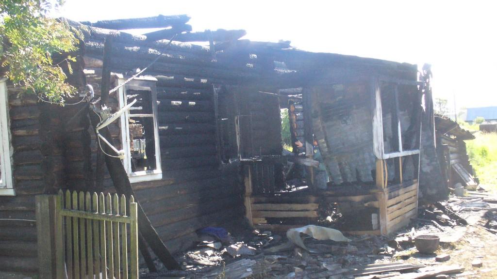 Вологодское УМЧС: Житель Бабаево спалил свой дом