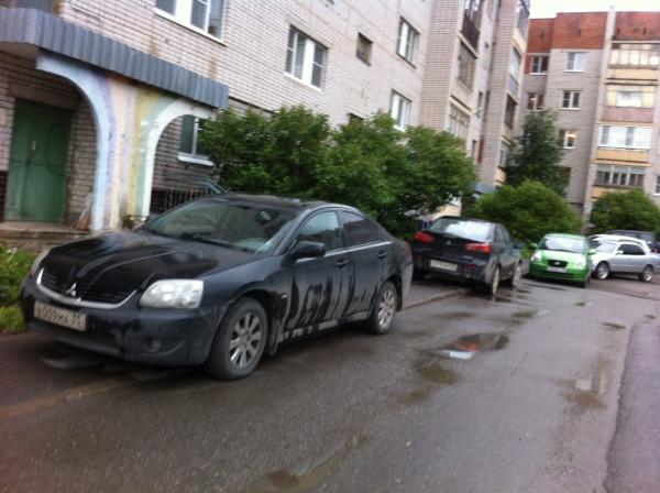 Во дворе улицы Щетинина, д.3