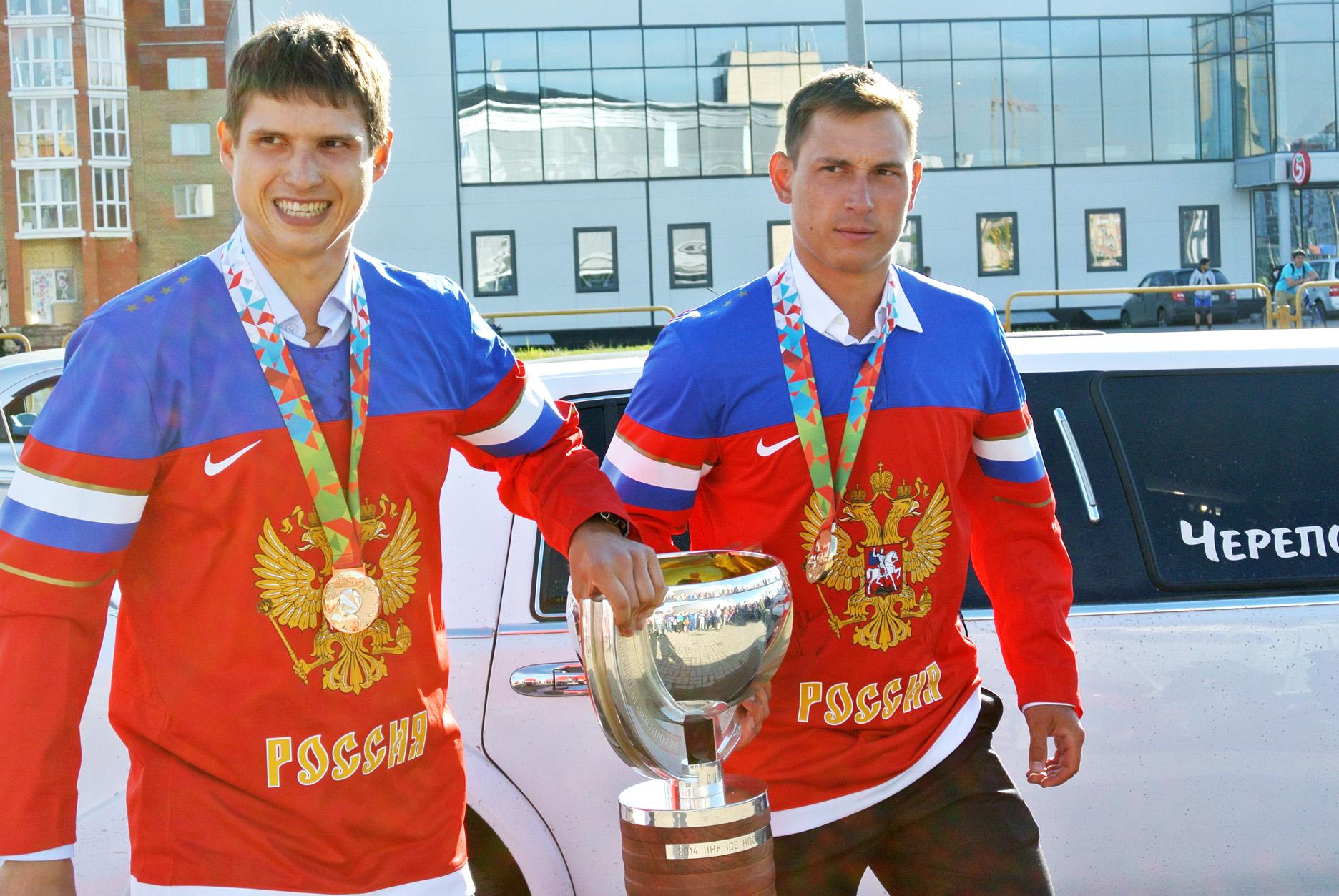 Череповец встретил Кубок чемпионов мира по хоккею