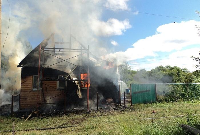 Череповчанин забыл экстренный номер пожарной службы и остался без дома