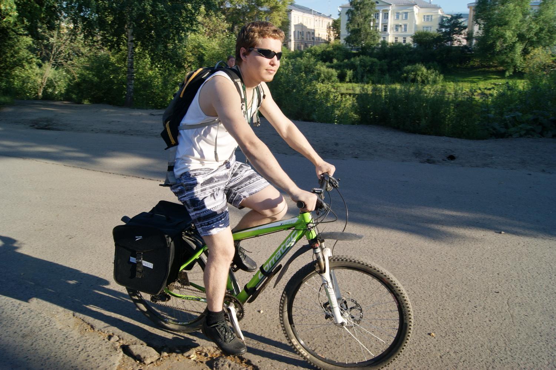 Вологжанин отправляется на Чёрное море на велосипеде