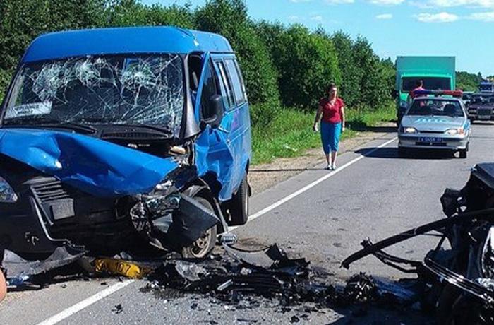 В ДТП под Череповцом погибли 11-месячный ребенок и женщина