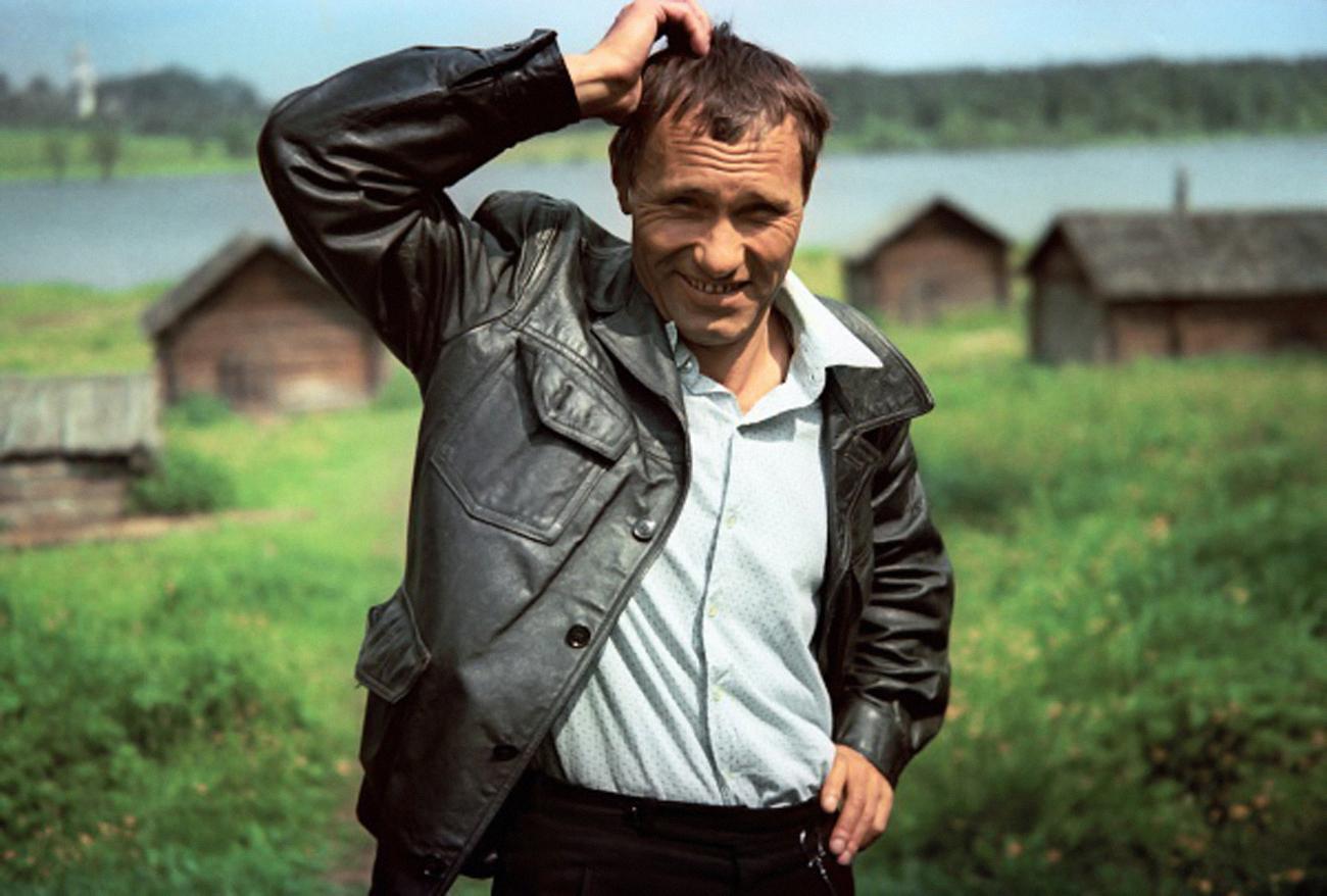 В Белозерске откроют памятный знак Василию Шукшину и фильму «Калина красная»