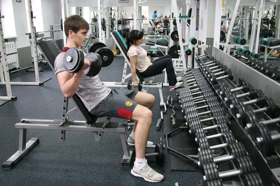 Работодателей обязали оплачивать занятия сотрудников физкультурой и спортом