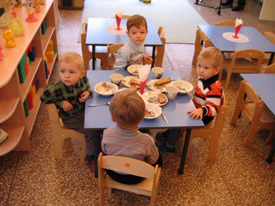 Около 300 вологжан хотят обменяться местами в детских садах