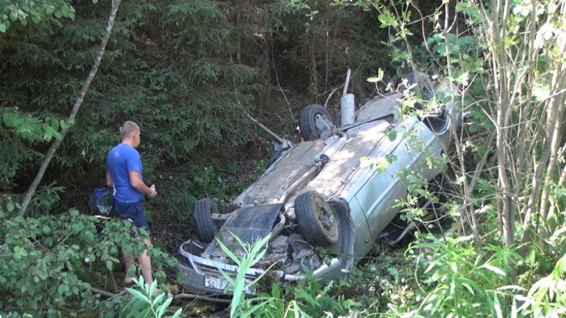 ДТП в Вологодском районе: водитель выпал из машины и погиб