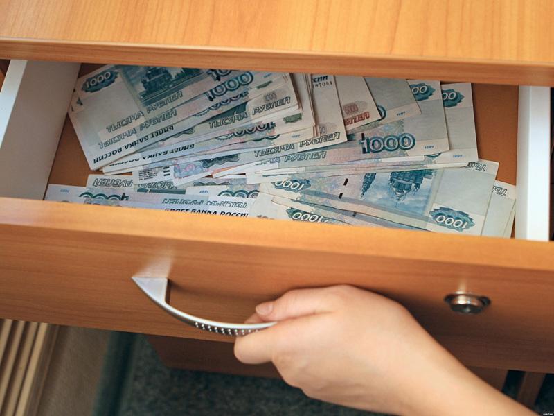В Вологде бывший судебный пристав получила условный срок за растрату денег должника