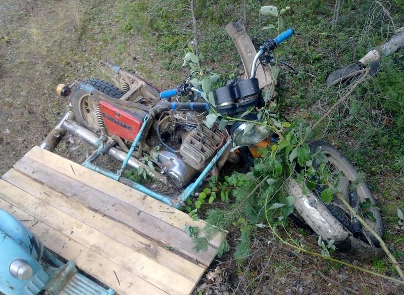 Водитель мотоцикла без прав и без шлема погиб в ДТП в Вытегорском районе