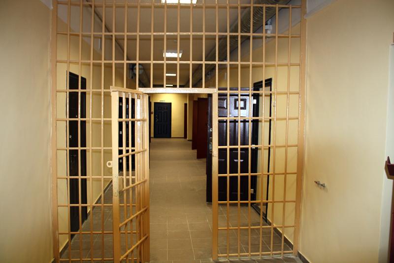 Задержанный скончался от похмельного синдрома в ИВС Череповца