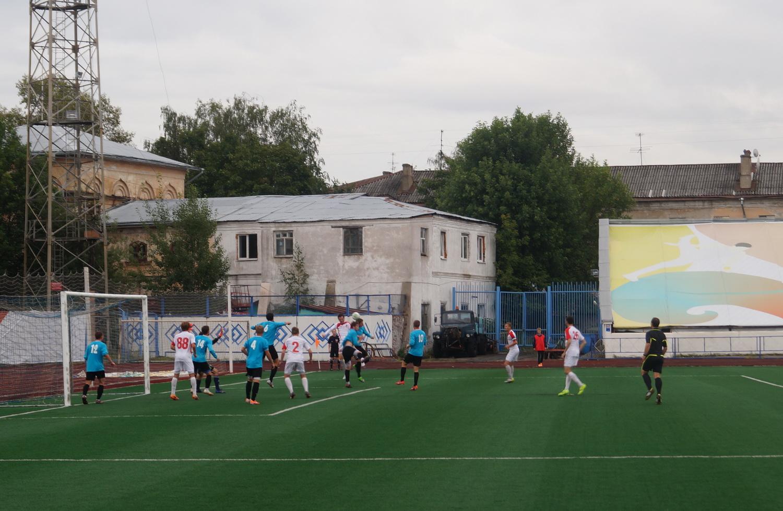 Футбольный клуб «Вологда-М» на последних секундах уступил команде из Твери