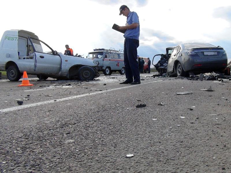 Врачи борются за жизнь  пострадавших в ДТП на обходе Вологды