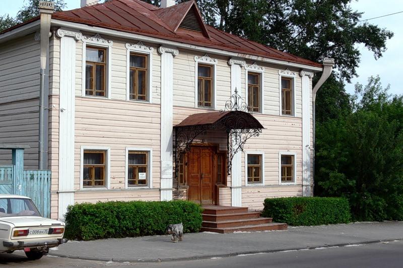 Музейщики выследили эксгибициониста в Череповце