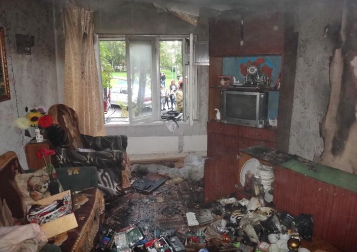 Череповчанка чуть не сожгла дом, проводя религиозный обряд
