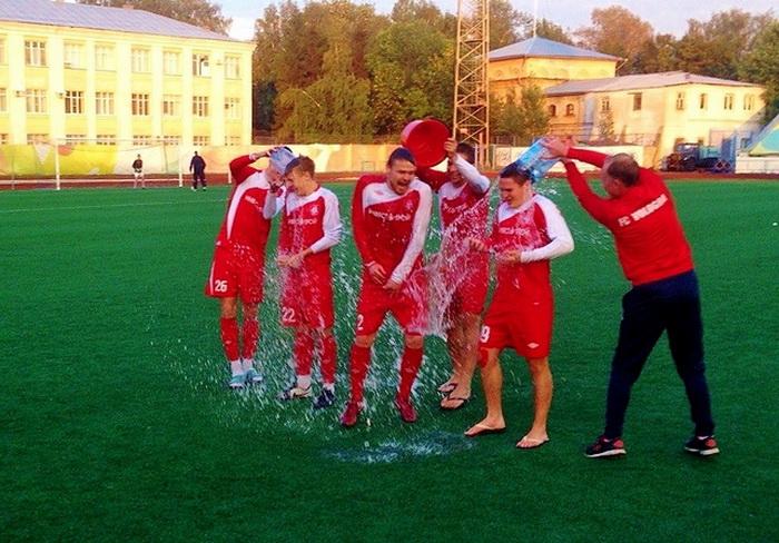 Футбольный клуб «Вологда»  принял участие во всемирной благотворительной акции «Ice bucket challenge»