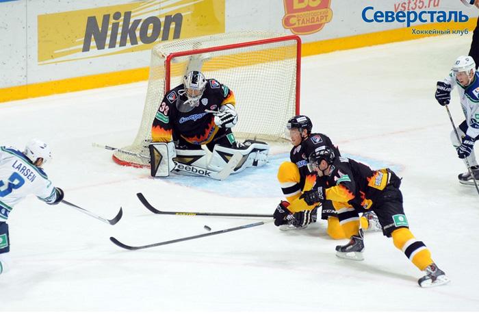 Хоккеисты «Северстали» впервые победили в этом сезоне