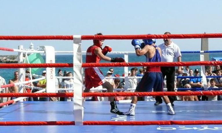 Вологодские боксеры завоевали 9 медалей в Ялте
