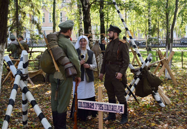 Забытые страницы истории: Кировский сквер в Вологде погрузился в атмосферу Первой мировой