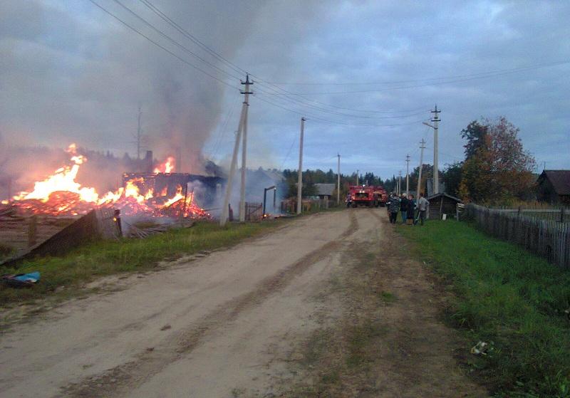 В Вологодской области сгорел дом: мужчина проверял исправность газового баллона при помощи спичек