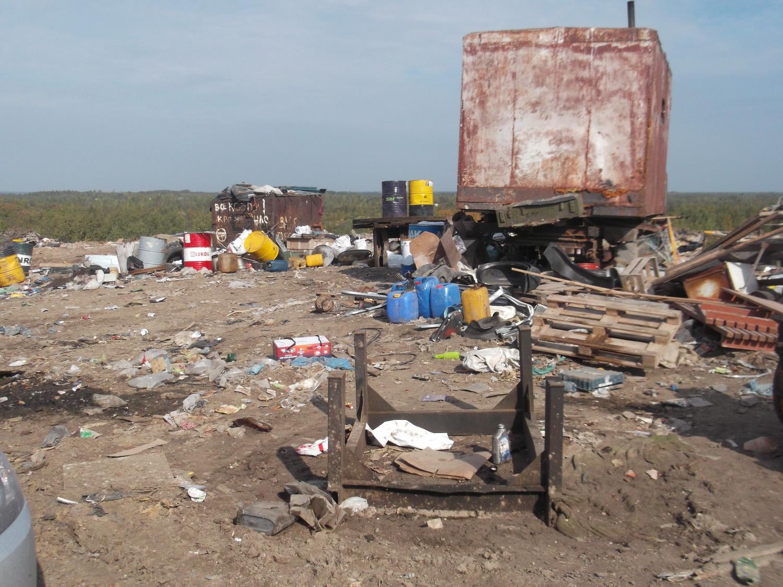 Некоторым перевозчикам ограничили доступ к свалке ТБО на улице Мудрова в Вологде