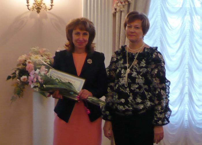 Девять учителей Вологодской области получили премии по 200 тысяч рублей