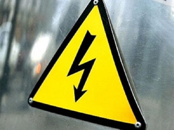 «Вологдаэнерго» просит родителей и педагогов объяснить детям смертельную опасность проникновения на энергообъекты