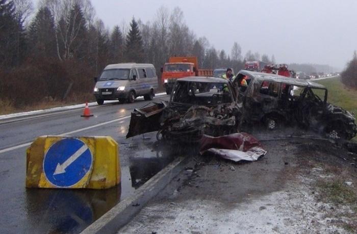 Пострадавшие в аварии под Череповцом находятся в тяжелом состоянии