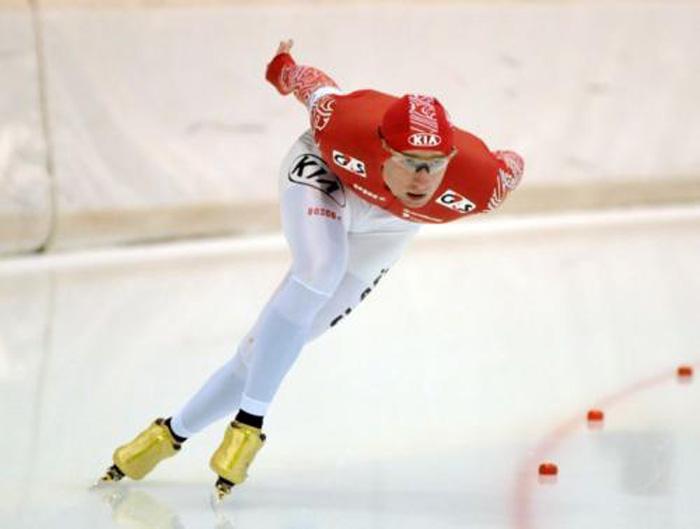 Вологжанин стал призёром I этапа Кубка России по конькобежному спорту