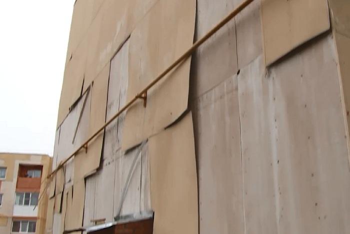 В Вологодской области новые аварийные дома, в которые переехали переселенцы, пообещали отремонтировать до 1 сентября 2015 года