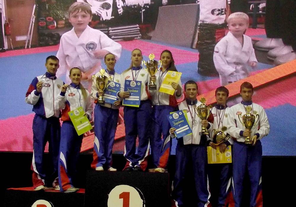 Три череповецких спортсмена стали Чемпионами Европы по кикбоксингу