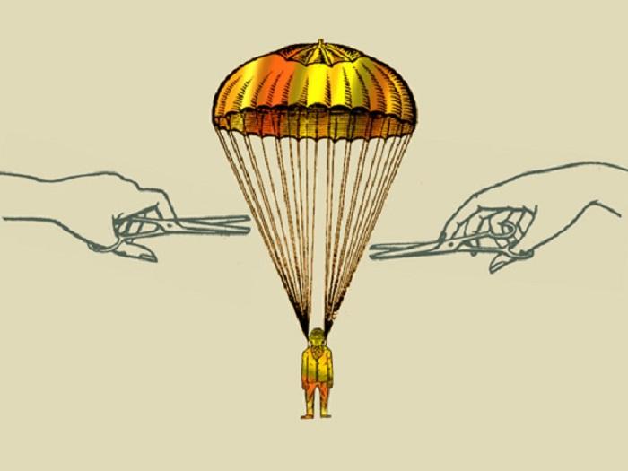 """На 2015 год вологодских чиновников пока оставили без """"золотых парашютов"""""""
