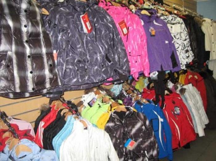 Череповчанка украла из магазина спорттоваров куртки и брюки на сумму 70 тысяч рублей