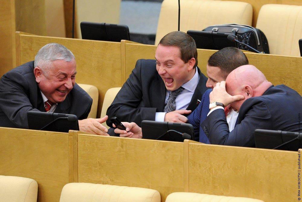 Депутат от Единой России рассказал, что происходящее в Госдуме – это спектакль