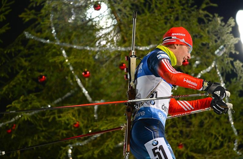Вологжанин Максим Цветков оказался самым метким в российской мужской сборной по биатлону