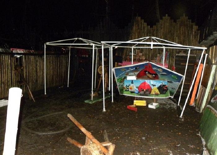 В вологодском Парке ветеранов ночью сгорел тир