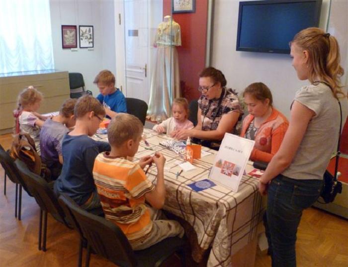 Музей кружева приглашает вологжан с детьми на новогодний квест