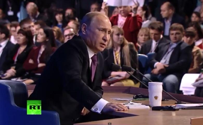 Путин ответил вологодскому журналисту, что по мере выделения жилья ветеранам войны их становилось все больше