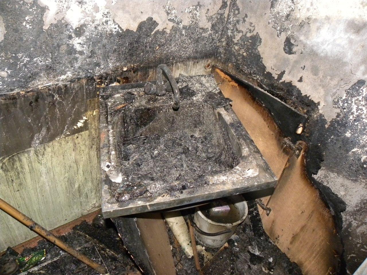 Наркоманы устроили пожар в съемной квартире в Вологде