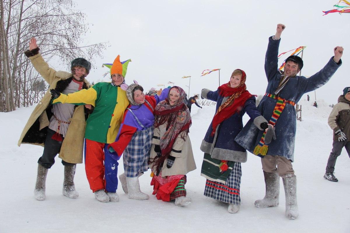 Дед Мороз прилетит в Вологду в голубом вертолете