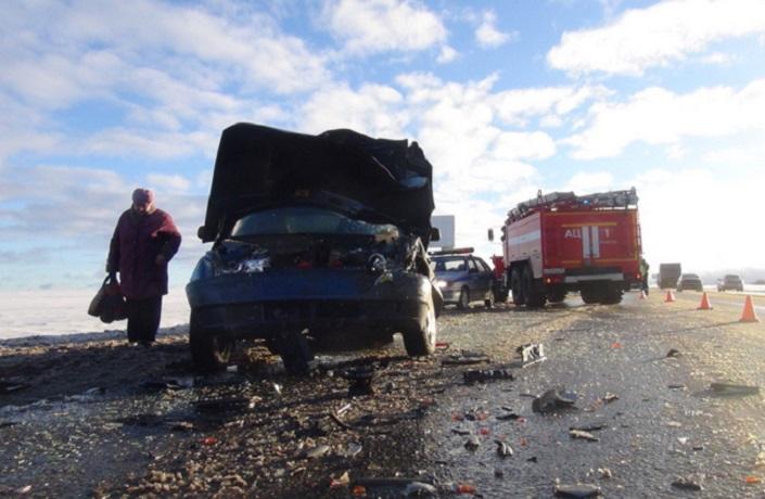 Лобовое столкновение в Вологодском районе: среди пострадавших ребенок