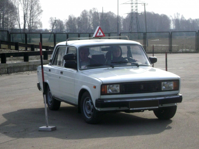 Чуть больше 30 автошкол получили лицензию на работу в Вологодской области