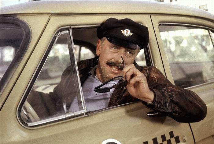 Вологодское заксобрание насчитало около 2 тысяч легальных таксистов, прокуратура – ни одного