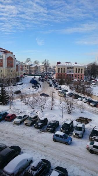 Ежедневный транспортный коллапс у здания Вологодского пенсионного фонда
