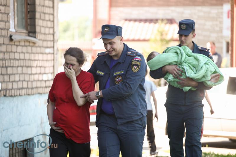 У череповчанки начались преждевременные роды из-за пожара на Чкалова