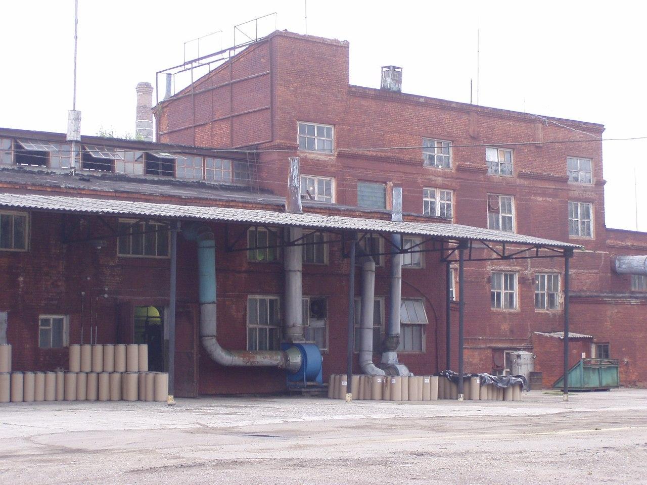 Работники обанкротившегося вологодского лесохимического завода обратились за помощью к депутатам