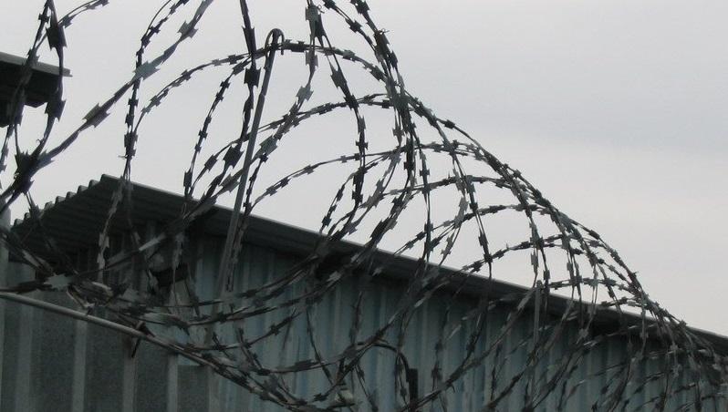 Двух вологжан отправили в колонию за вымогательства в Вытегре