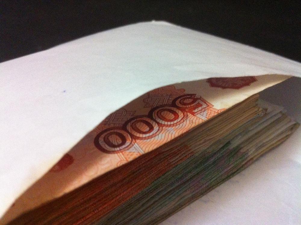 Вологжанка пыталась подкупить сотрудника банка, чтобы получить заведомо невозвратный кредит