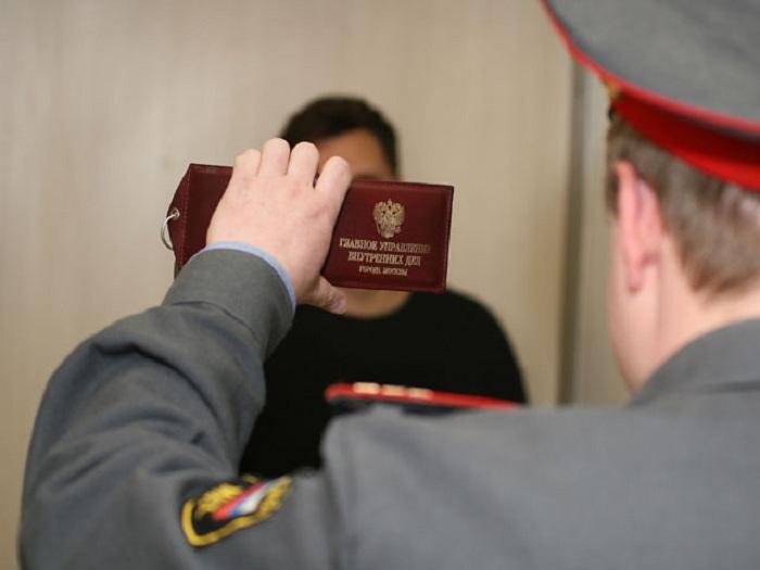 """Вологжанин, ставший жертвой грабителя, """"приукрасил"""" полицейским список украденного"""