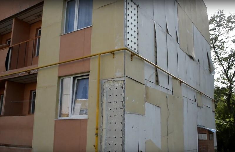 Сроки ремонта «новых аварийных домов» в Соколе перенесли с 2015 на 2016 год, а жильцы требуют их снести